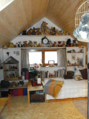 rotraud ilisch b r co. Black Bedroom Furniture Sets. Home Design Ideas